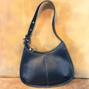 VTG 1970s Jackie-O Black Leather Handbag - Great!